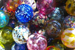 Maf_colorful_glass_opt